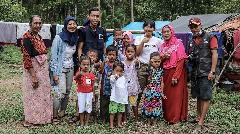 A Month after the Tsunami: Supporting Families in Central Sulawesi