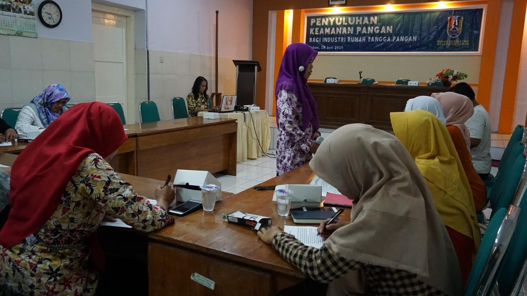 A Year of Empowering Women Micro Entrepreneurs in East Java
