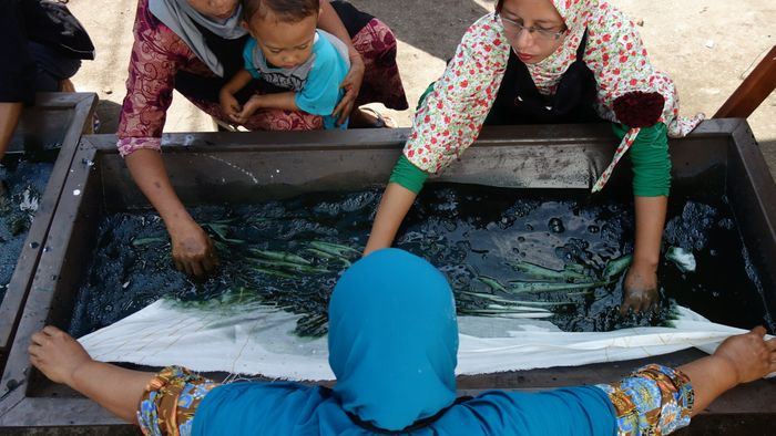 Behind the Scenes of a Batik Wastewater Treatment Experiment