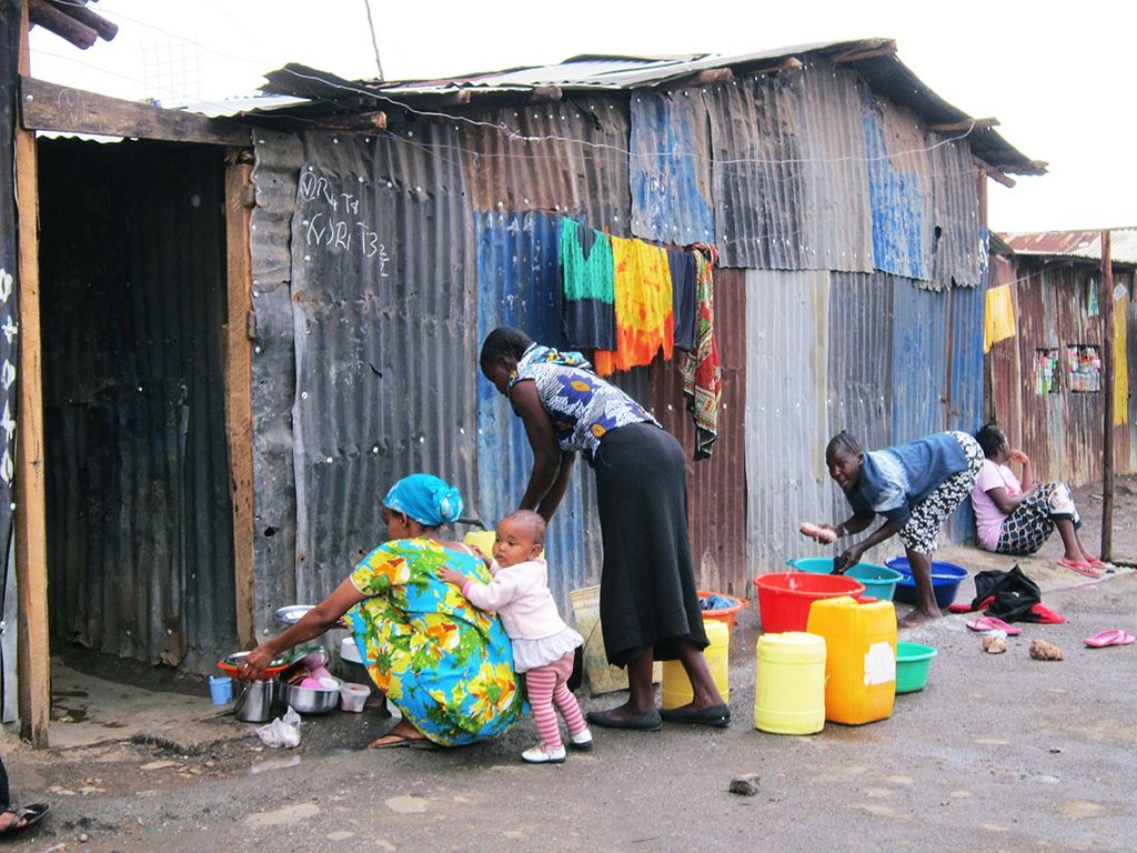 Prototype testing and market assessment for a household appliance in Kenya.